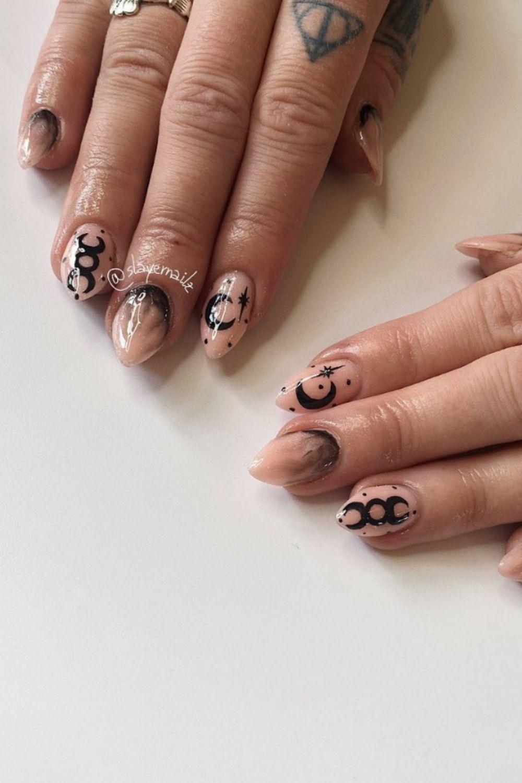 Black acrylic nails   the fall season nails color 2021