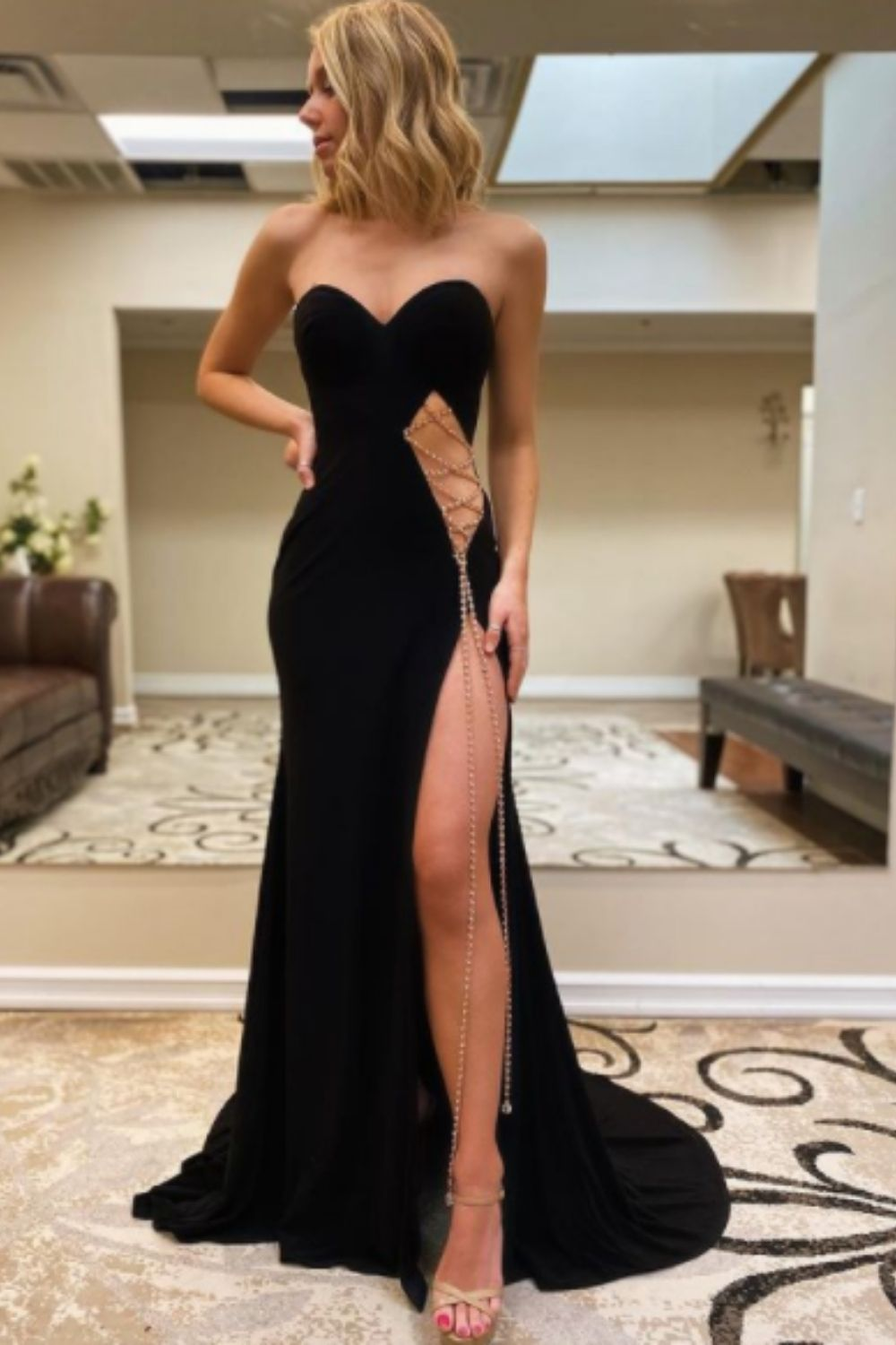Tips on finding the perfect homecoming dress 2021